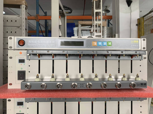 4008T-5V6A-Cylindrical-18650-21700-26650-Cell-Tester-Neware_Battery_Testing_System-Tester-2